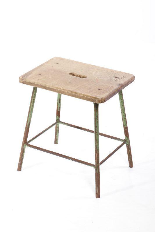 antiguo madera taburete, taburete de taller, taburete decoración