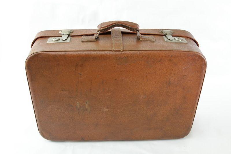 sch ner alter koffer reisekoffer ddr braun leder ebay. Black Bedroom Furniture Sets. Home Design Ideas