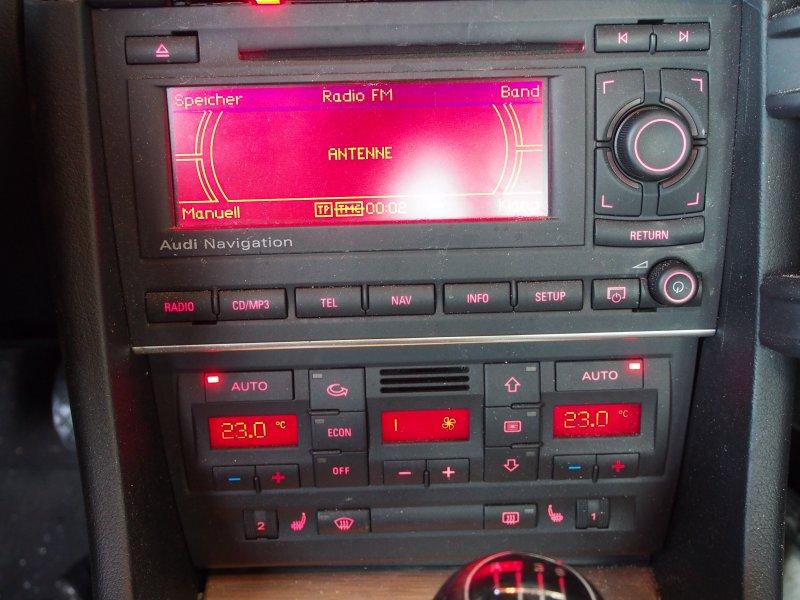 audi a4 b7 8e navi navigation cd radio autoradio mp3. Black Bedroom Furniture Sets. Home Design Ideas