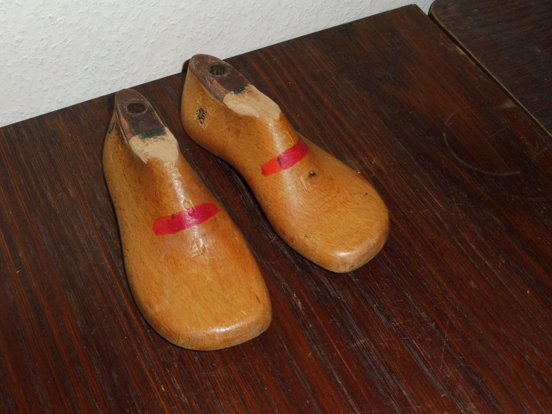 Vintage Schuhleiste aus Holz, antike Schusterleiste