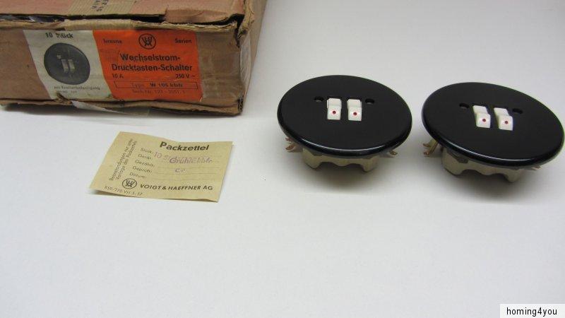 Oryginalne, wykonane do 1960 Wechselstrom Serien Drucktasten Doppel Schalter  Voigt & Haeffner Bakelit