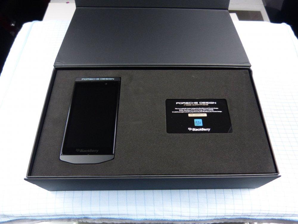 blackberry p 39 9982 porsche design 64gb gr n neu ovp. Black Bedroom Furniture Sets. Home Design Ideas