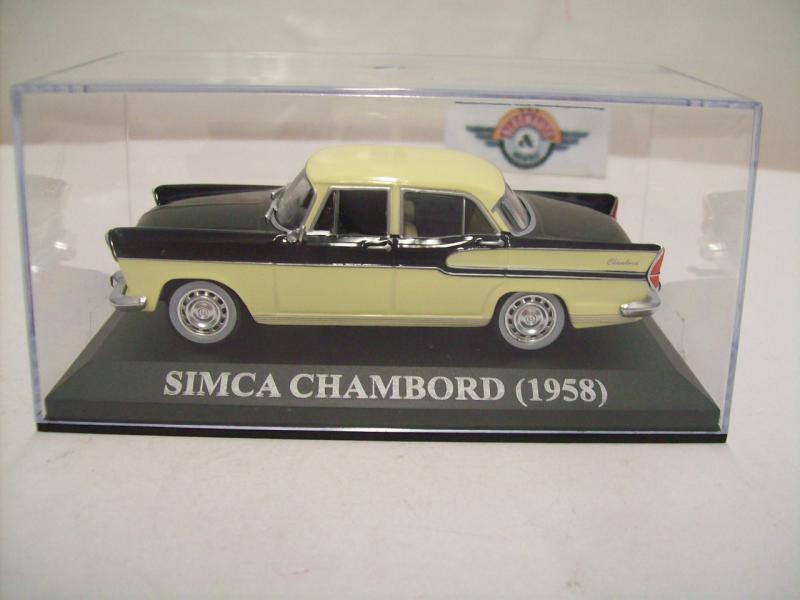 1:43 IXO CLC 105 grün Baujahr 1958 Simca Chambord